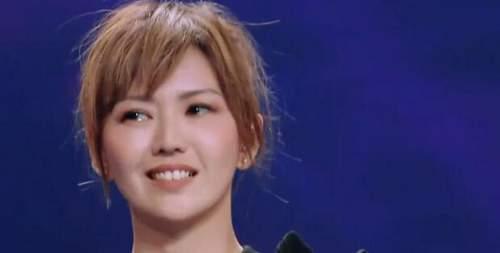 孙燕姿首上综艺《我想和你唱》 分分钟被歌迷故事弄哭