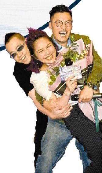《春娇救志明》持续发力 彭浩翔余文乐杨千�美瓷�