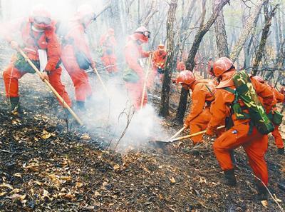 大兴安岭火灾外围明火已扑灭 转入火场清理阶段