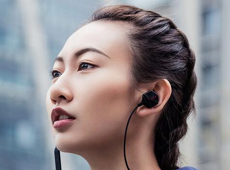 FIIL新Carat lite运动项链耳机发布 售299元