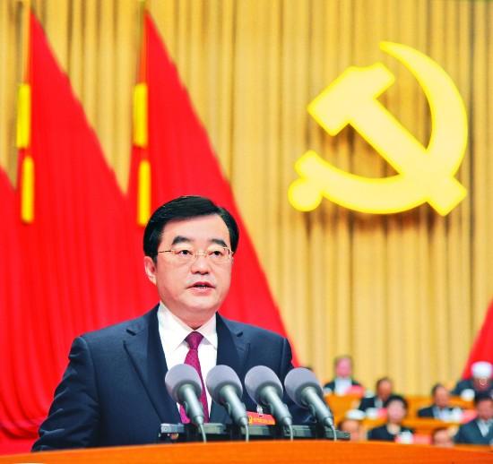 张庆伟:紧密团结在以习近平同志为核心的党中央周围 奋力走出黑龙江