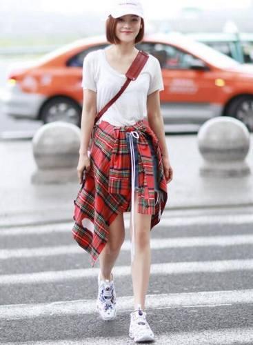 袁姗姗衬衫花式穿搭 男友衬衣就要这样穿图片