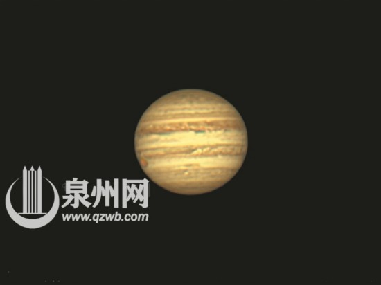 自制望远镜拍摄的木星