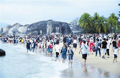 天涯海角今年已接待游客230万