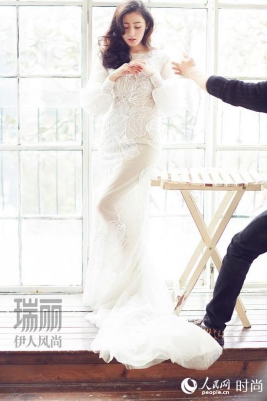 张天爱有情况? 白色婚纱写真泄露美如画