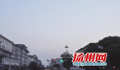 昨天又是一个艳阳天,扬州于当天入夏。惠宇摄