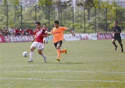7国12支青少年球队在南通海门参加足球比赛