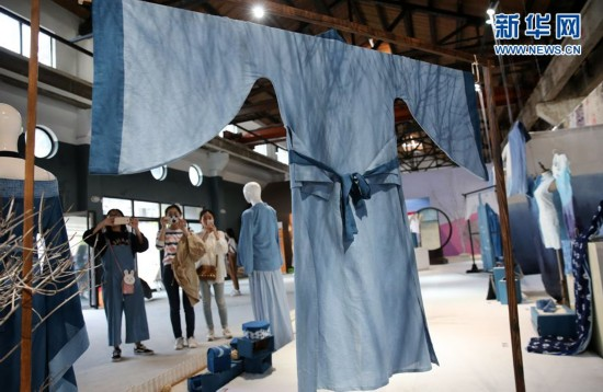 南通大学艺术学院举行毕业展演 千件作品参展