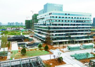 """南京南站""""海绵广场""""初具规模 总面积6万多平米"""