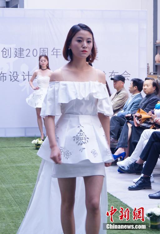 甘肃高校大学生时装秀创想从实物走向图纸--江免费图纸cad医院图片