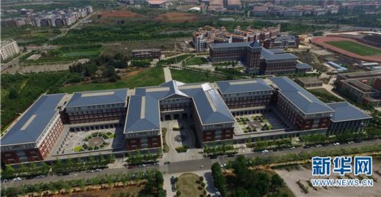 城中的大学,大学的城 中国最美大学游园地图