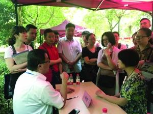 南京公办高中全面取消扩招 民办校仅扩招20%