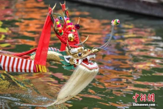 全国各地庆祝端午节 弘扬传统文化
