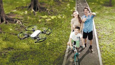 """大疆""""晓""""Spark-忘记自拍杆吧,试试这些 会飞的相机"""