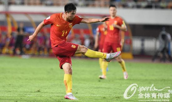 涵文梅开二度轰出世界波 热身赛国足8-1狂胜菲律宾