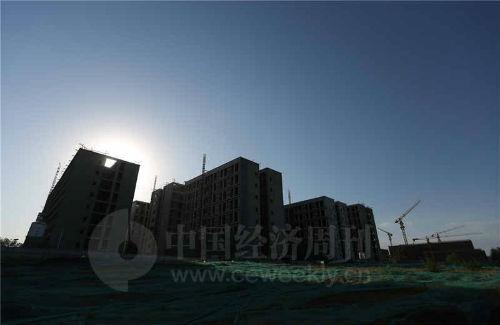 """正在建设中的""""商改住""""项目""""旭辉26 街区""""《中国经济周刊》视觉中心摄影记者 胡巍I 摄"""