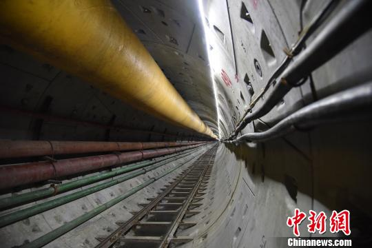 中俄原油管道二线工程嫩江盾构隧道顺利贯通