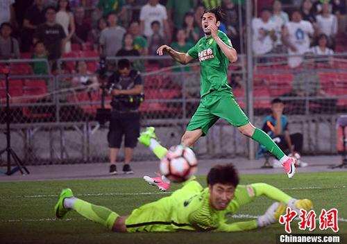 中超联赛第十三轮北京中赫国安2:0胜天津亿利