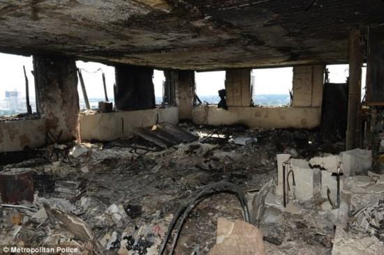 伦敦公寓大楼――焚烧后的废墟