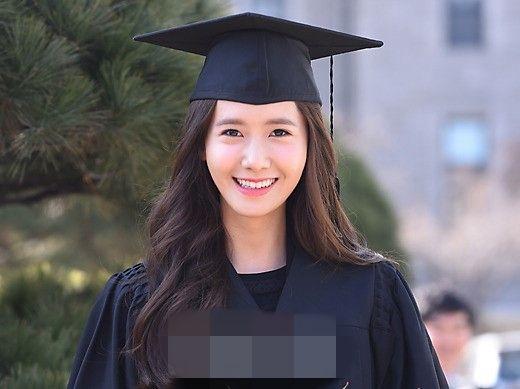 热巴毕业照片曝光 宋仲基胡歌少女时代李圣经