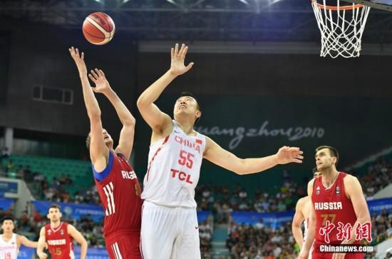 俄罗斯队夺得金砖国家运动会男篮决赛冠军(图)