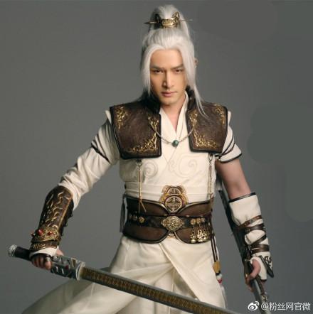冯绍峰高伟光 古装剧中的白发美男子