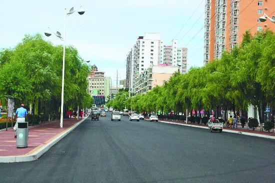 鹤岗改造老城完善新城 提升城市品位