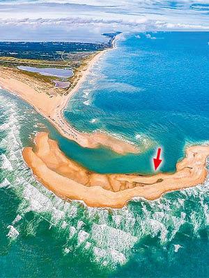 美北卡州冒出神秘岛屿 专家称其寿命或会很短