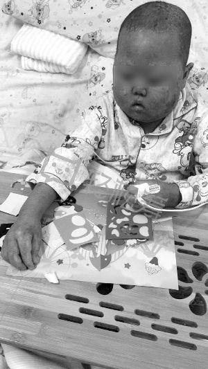 苏州男童患先天胆道闭锁 父亲救子捐肝又捐髓