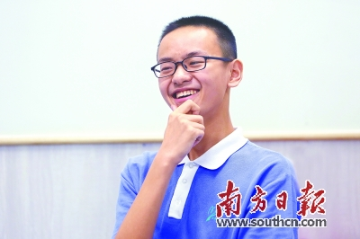 深圳2017年中考成绩公布接近满分的他还在上补习班