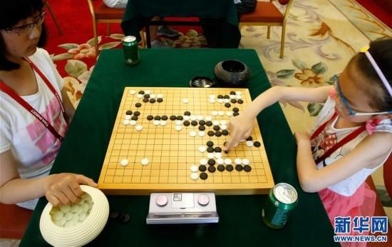 (全运会)(5)围棋――西藏队老少棋手齐上阵