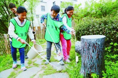 南京黄龙岘改善环境同时改变村民生活方式