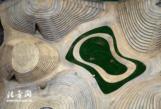天津市首座竹结构户外广场投入使用