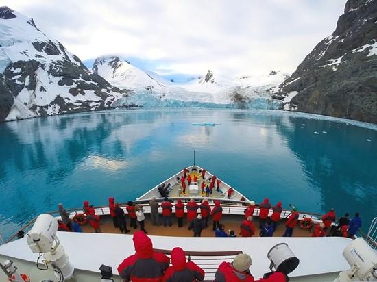 深入南极。HHtravel鸿鹄逸游供图