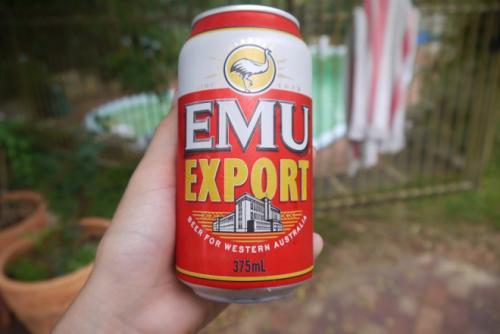 资料图片:一罐Emu Export啤酒。