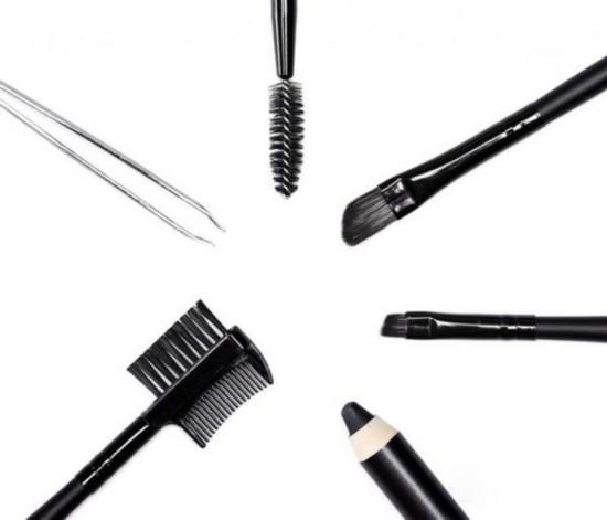 油皮别用眉粉?你的肌肤到底该用眉笔、眉粉还是眉胶?