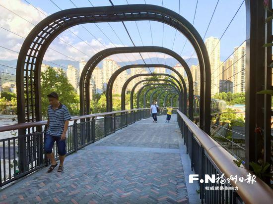 福州金鸡山公园东入口正式开放 茉莉花台花香四溢