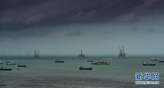 """台风""""塔拉斯""""强度加强 将从海南岛南部近海擦过"""