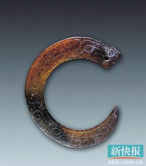 2017年书画展览古人为何爱在玉器上雕龙刻凤?