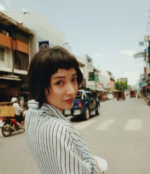 香奈儿村姑模特