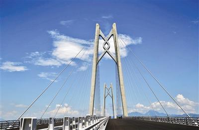 最后冲刺中的港珠澳大桥