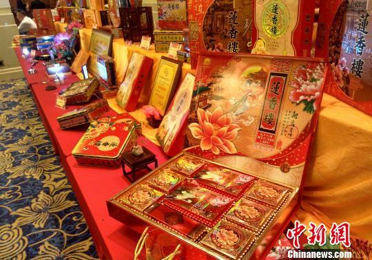 """广州中秋""""月饼战""""提前打响预计价格有所上涨"""