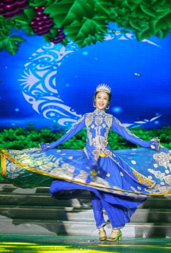 中国文联赴三沙市慰问演出
