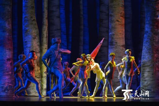 《八女投江》:一部让人感动的芭蕾舞剧在乌鲁木齐上演