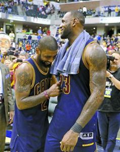 "NBA-骑士签约罗斯 ""二当家""欧文离队倒计时"