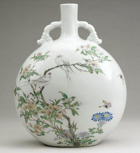 清雍正・粉彩抱月瓶 大英博物馆馆藏