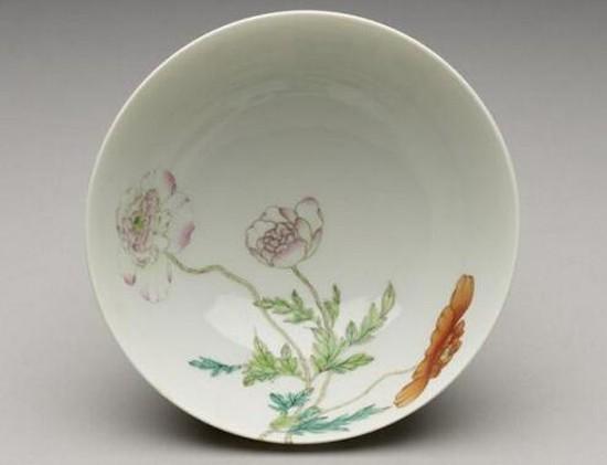 """清雍正・虞美人""""过墙龙""""瓷碗 大英博物馆馆藏"""