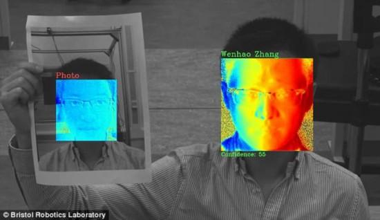 英国2020年前将推刷脸软件排队检票或成历史