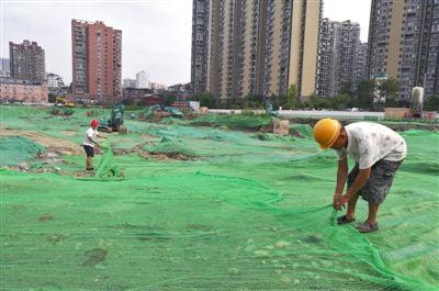 建筑工地扬尘治理措施不到位 整改合格才能开工