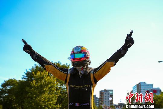 中国车队收获电动方程式赛车首个分站冠军